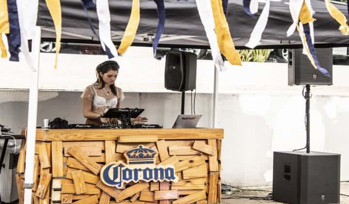 Weekend Fest: Corona Sunsets